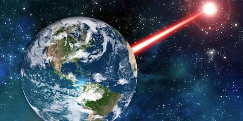 signaux lumineux transitoires inexpliques extraterrestres