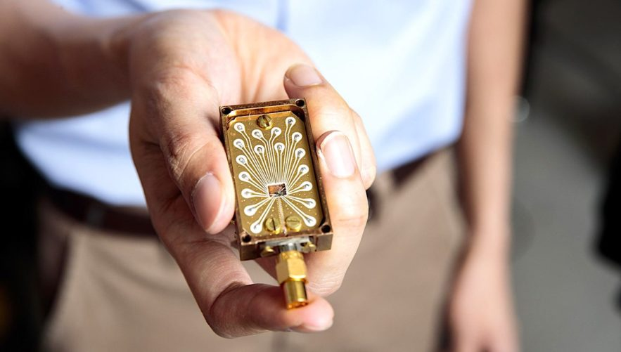 dispositif mesure haute frequence silicium qubit