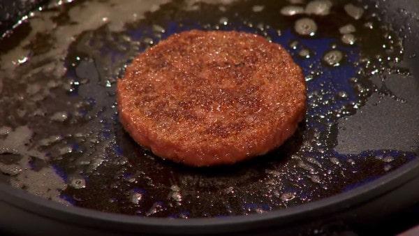 premier burger de laboratoire Mark Post
