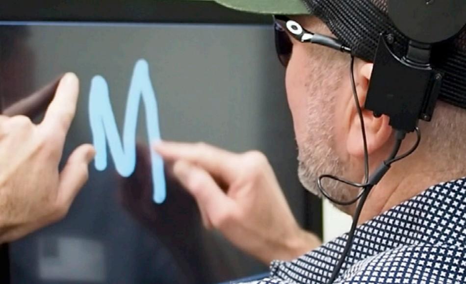 aveugle voir vision dispositif implant cerebral