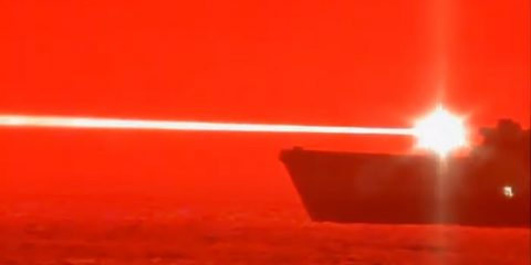 navire laser