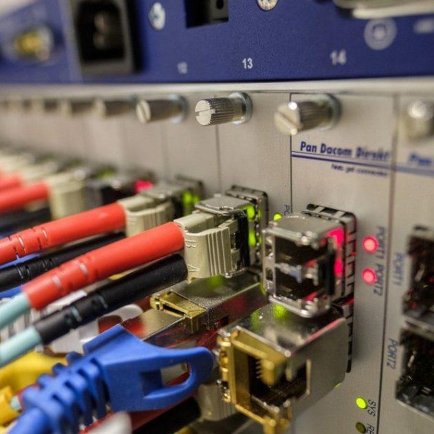record débit internet micro-peigne