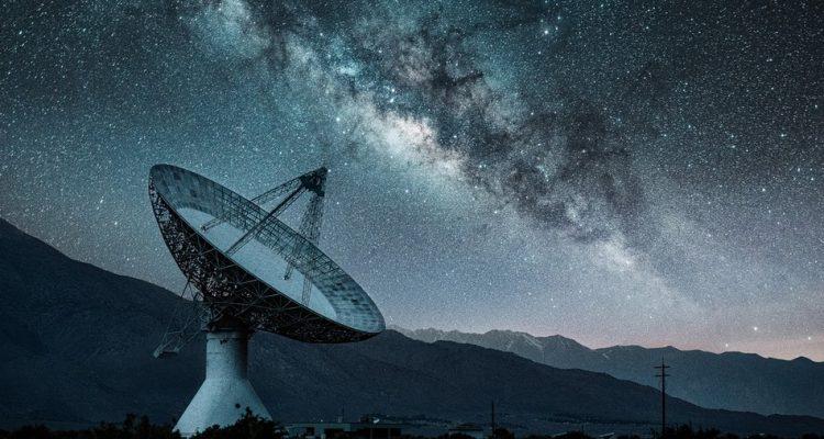 satellite vie extraterrestre
