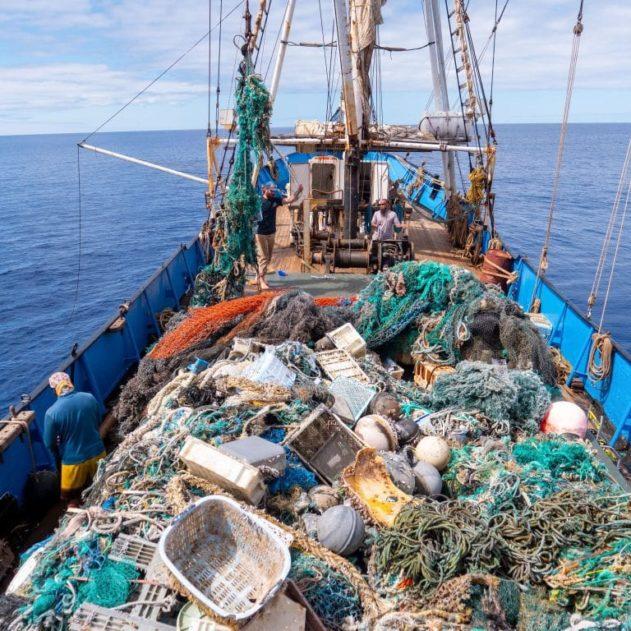 nettoyage déchets plastiques océan pacifique