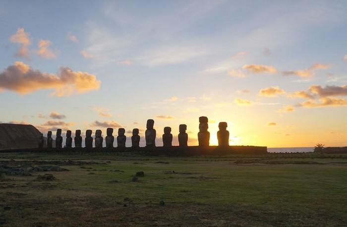 statues ile paque polynesiens amerindiens