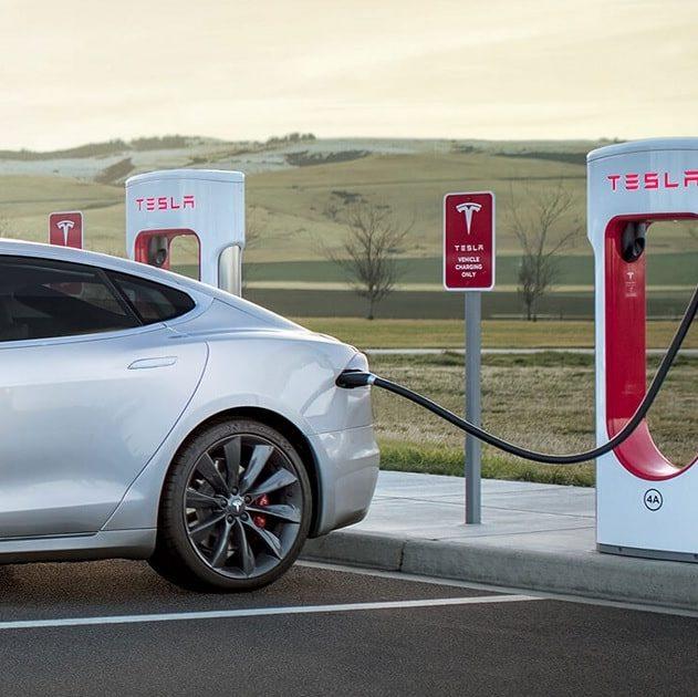bug superchargeur tesla europe véhicules électriques