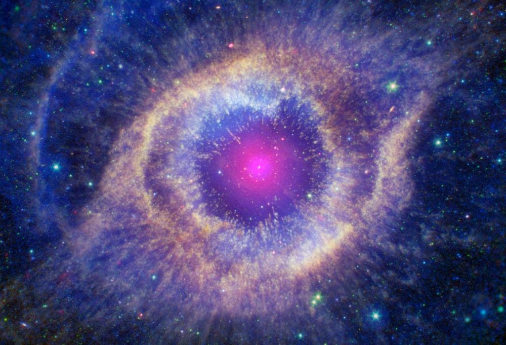 nébuleuse planétaire hélice chandra