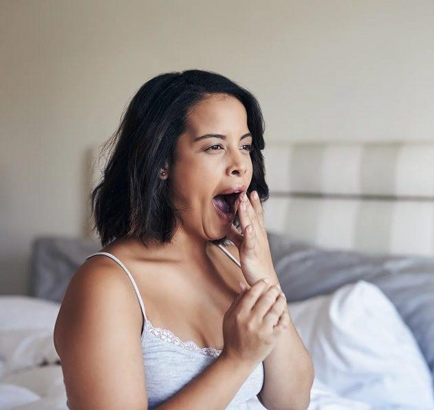 pourquoi fatigue après dormir trop longtemps