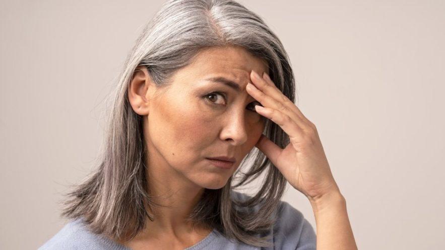stress peut provoquer apparition cheveux gris couv