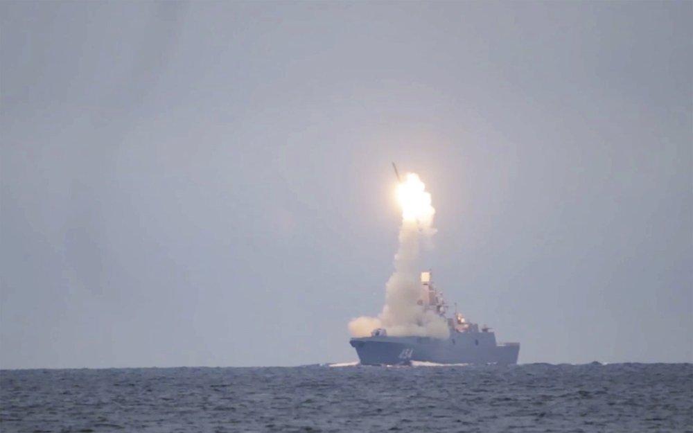 lancement reussi missile russe zircon