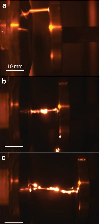 realisation experimentale guidage laser decharge electrique