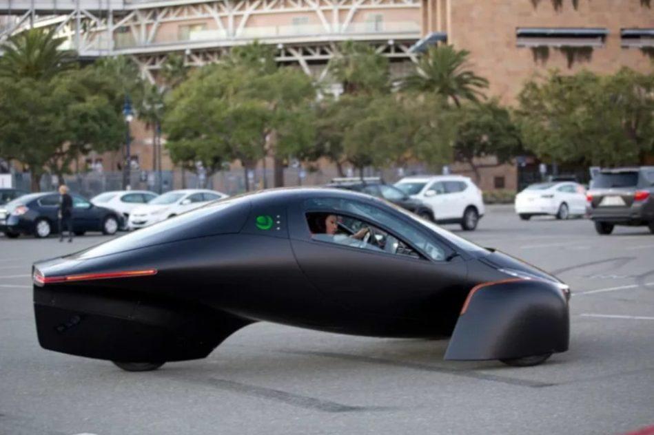 voiture électrique solaire Aptera
