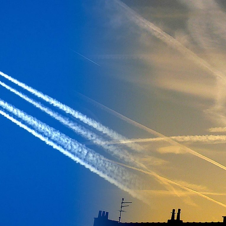 theories complot que sont les chemtrails