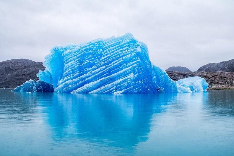 iceberg glace bleu groenland