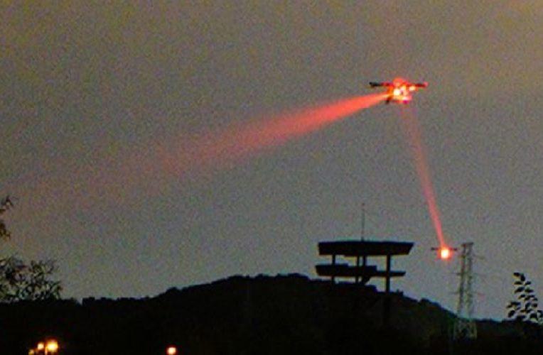 liaison quantique etablie entre deux drones mouvement