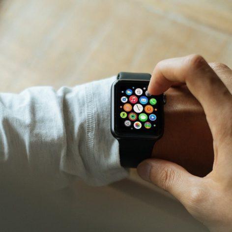 montres intelligentes detecter covid-19 avant premiers symptomes