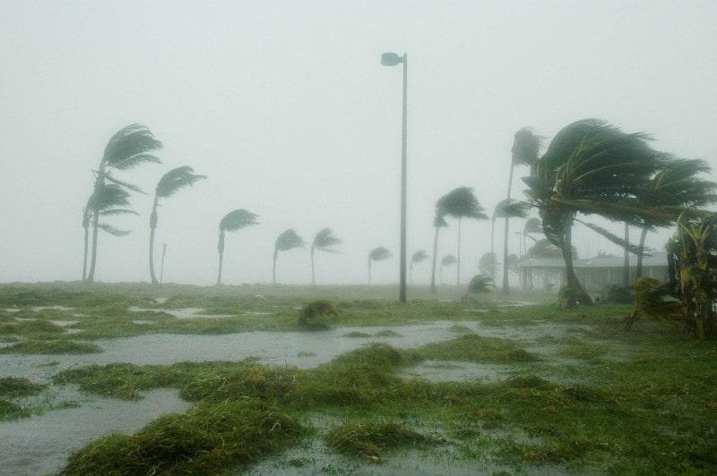 record saison ouragans 2020