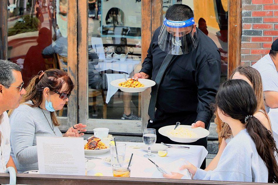 risques covid-19 restaurants