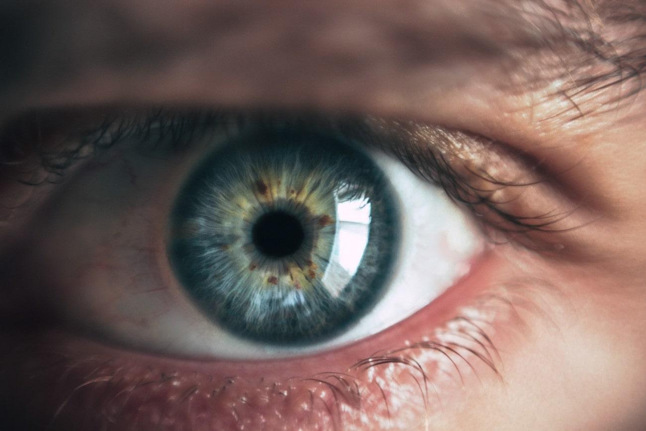 La pollution de l'air endommagerait également les yeux - Trust My Science