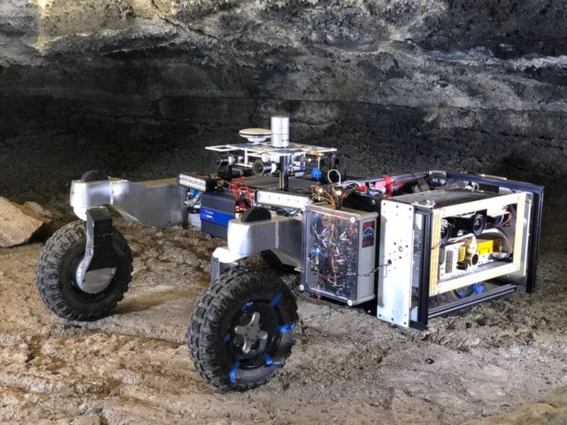 rover exploration tunnel lave