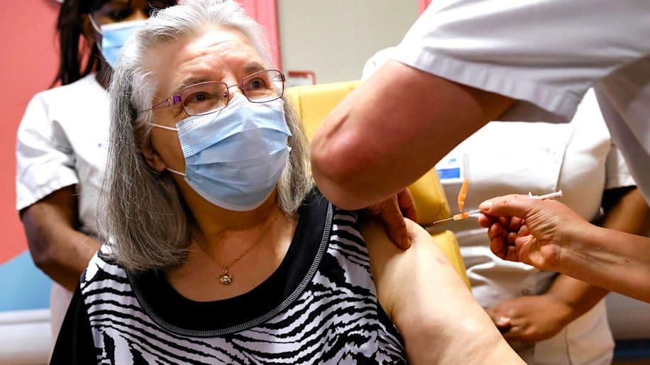 covid-19 cas reinfection-rares general mais-frequents chez plus 65 ans
