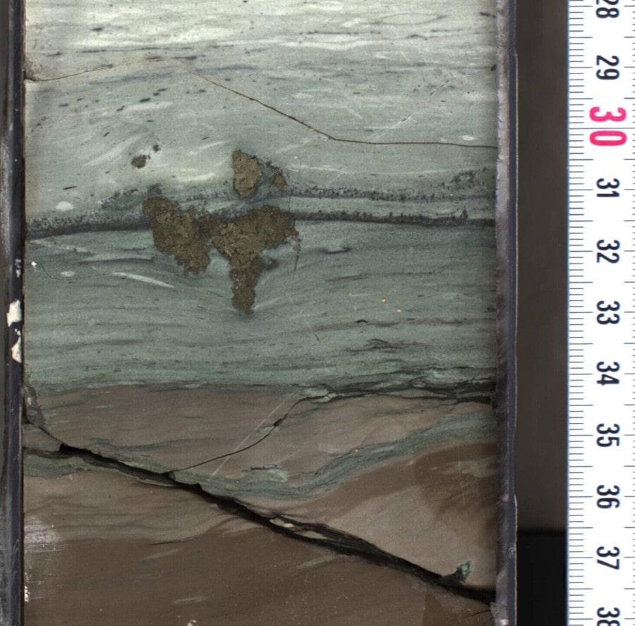 échantillon roche cratère iridium