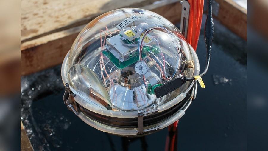 photo baikal gvd detecteur neutrinos