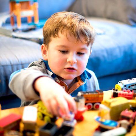 vaste etude jouets plastique revele plus 100 substances potentiellement nocives