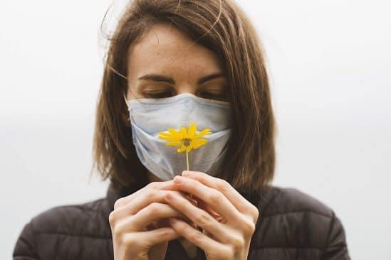 chercheurs identifient meilleur traitement pour perte odorat covid-19