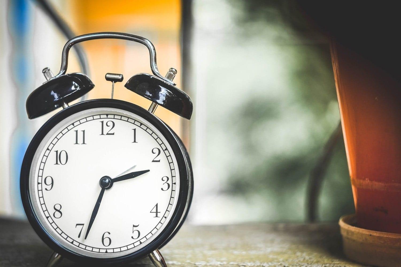 Les personnes d'âge moyen qui dorment moins de 6h présentent un risque plus élevé de démence