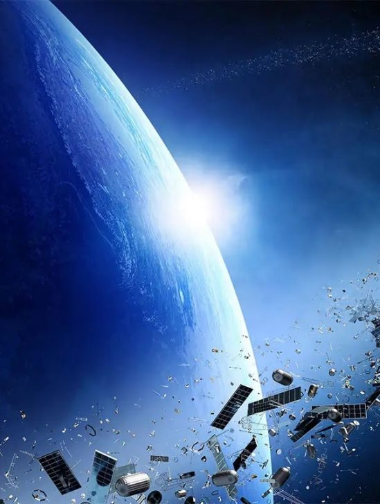 comment petits debris spatiaux causent importants dommages