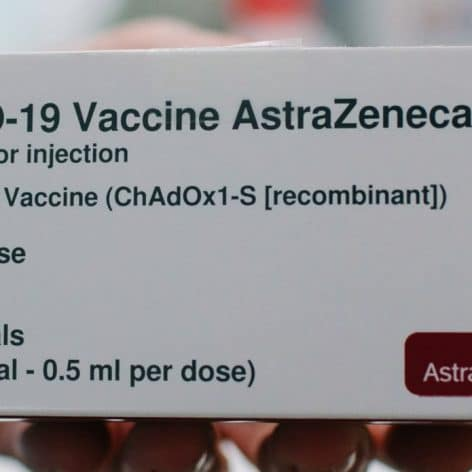 risques thromboses caillots vaccin astrazeneca