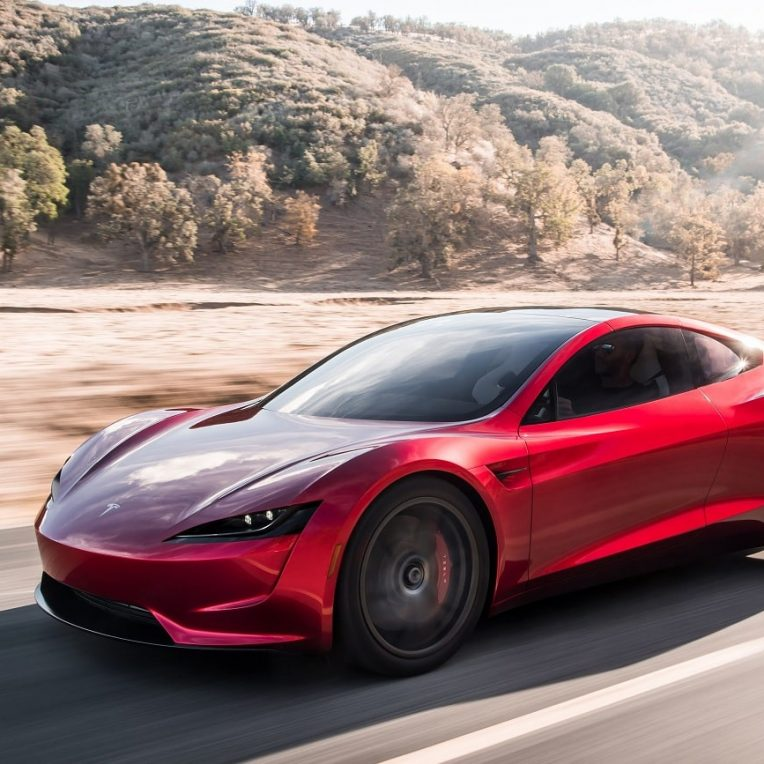tesla prochain roadster acceleration fusee spacex