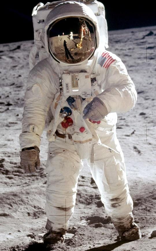 astronaut suit buzz aldrin
