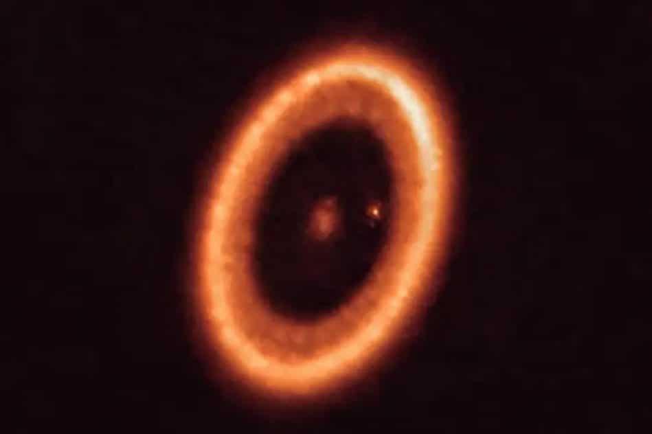 astronomes detectent disque permettant formation lunes autour exoplanete