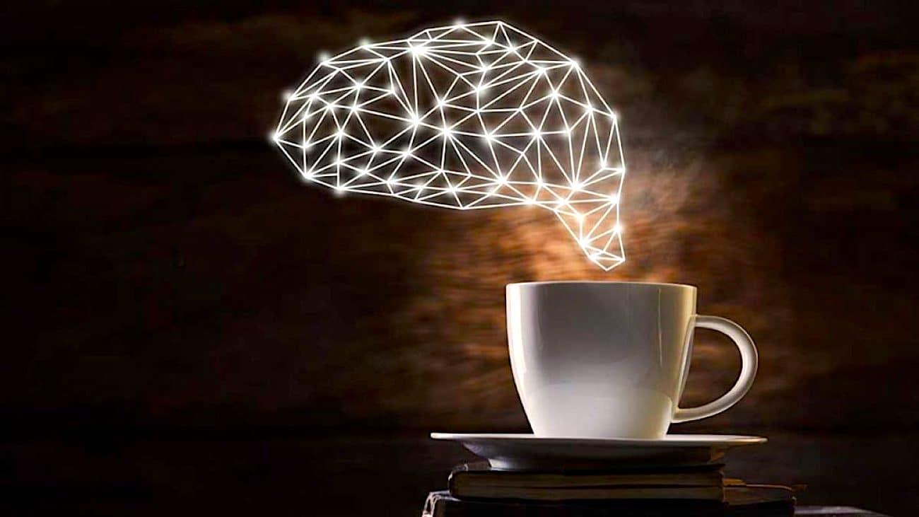 Une consommation excessive de café réduit le volume du cerveau et augmente le risque de démence