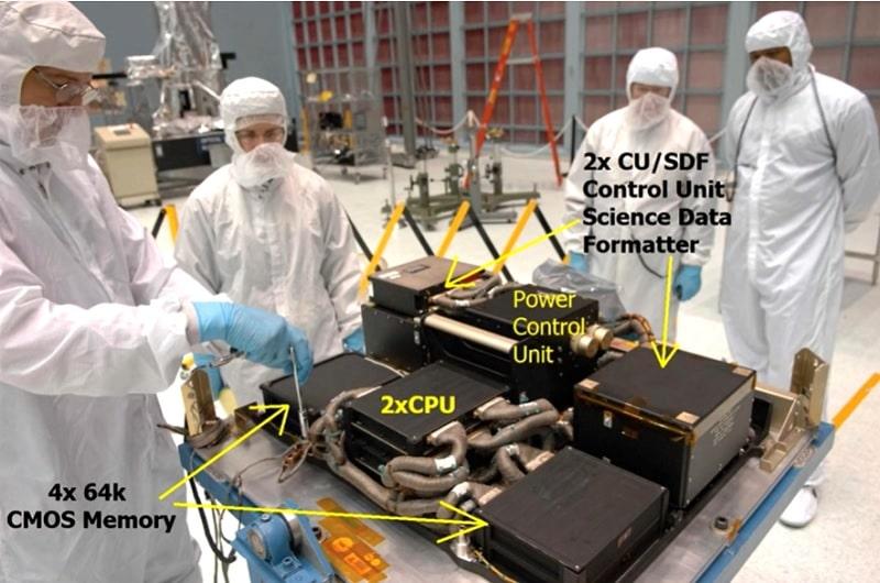 photo composants ordinateurs hubble
