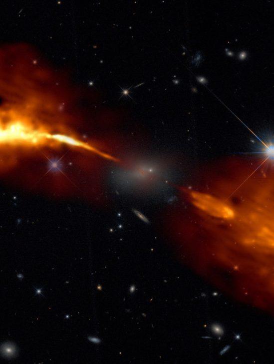 jets trou noir Hercules A