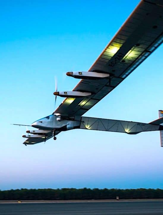 marine americaine avion solaire capable voler 90 jours