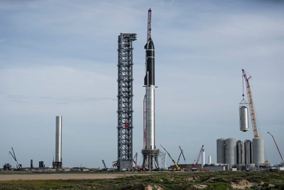 spaceX mission habitée lune 2024