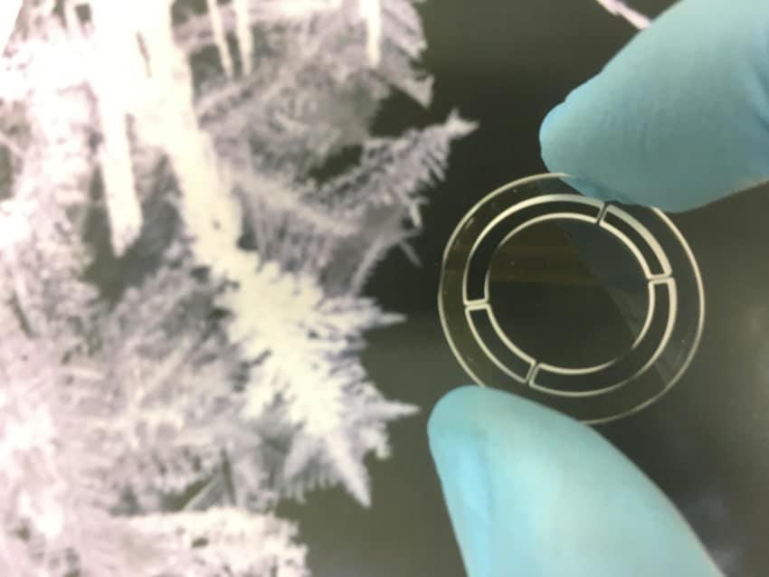 cristal détecteur ondes gravitationnelles
