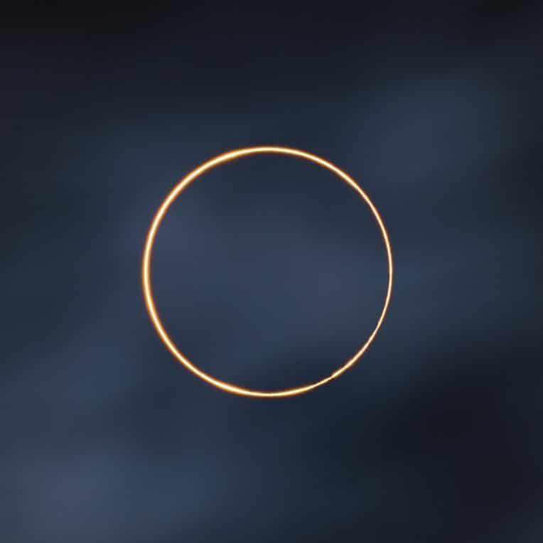 éclipse annulaire gagnant concours photo 2021