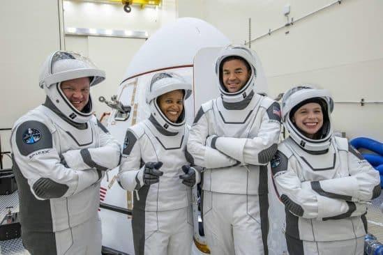 équipage vol touristique SpaceX