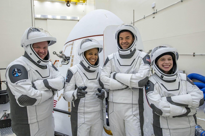 SpaceX se prépare à son premier vol spatial touristique
