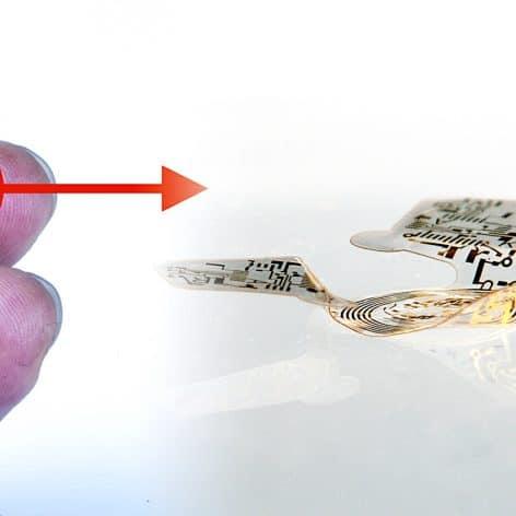 micropuce ailee plus petite structure volante jamais concue microflier