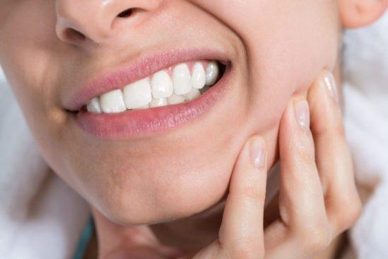 pourquoi grince des dents